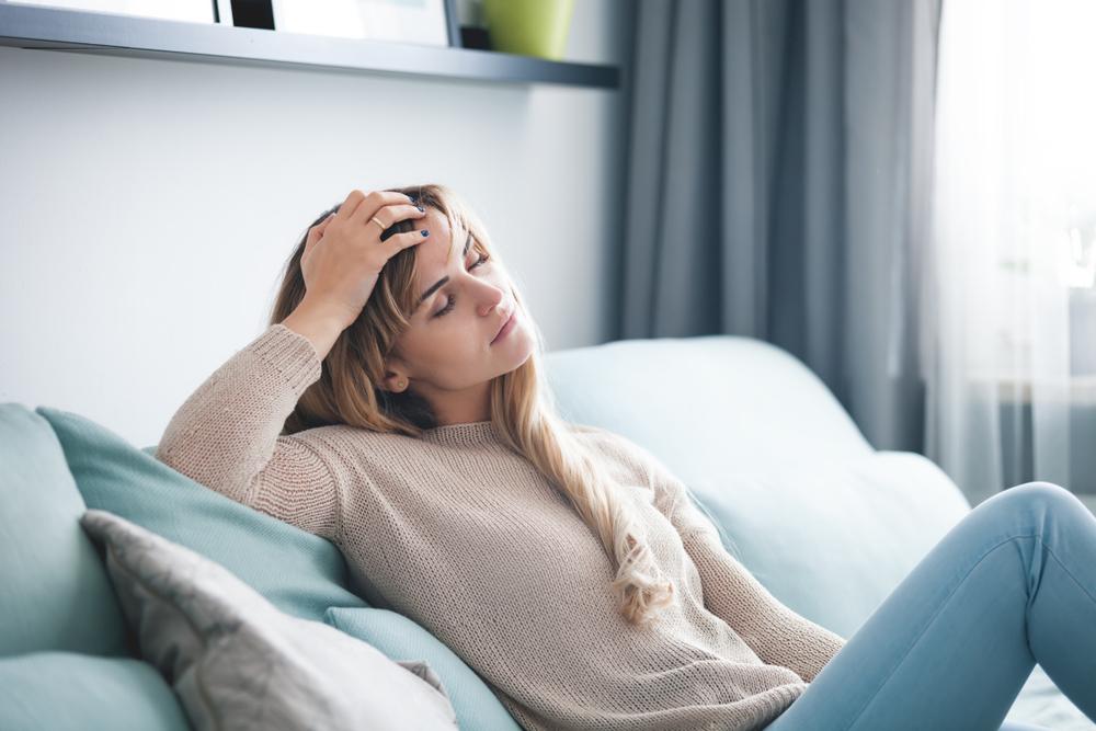 Ständig müde und schlapp? – Ursachen und Tipps bei chronischer Müdigkeit